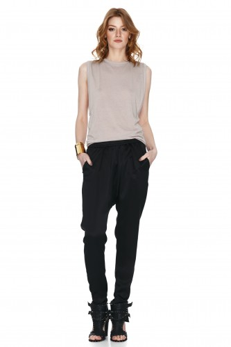 Black Tapered Crepe Pants - PNK Casual